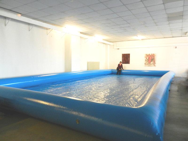 pool 96 qm grundfl che 12 meter breit 8 meter lang und 62 cm hoch lauf ball the shop. Black Bedroom Furniture Sets. Home Design Ideas
